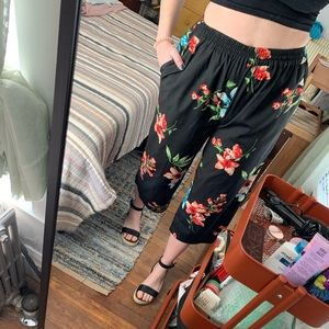 Small Walter Baker Floral High Waisted Crop Pants